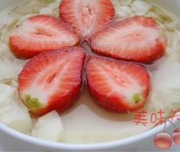 草莓豆腐花