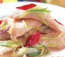 蒜苗炒豆腐鲨