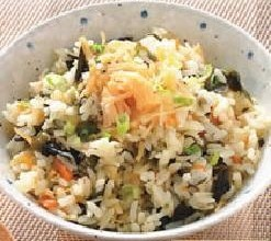 干贝海带芽饭