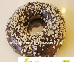 巧克力甜甜圈
