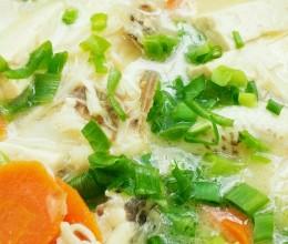 奶白豆腐鱼汤(鱼汤怎么炖白)