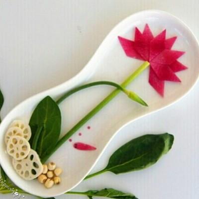 餐盘画:莲花(水果拼盘)