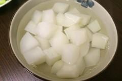 白水煮萝卜