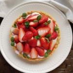 草莓酸奶塔