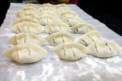 蒲公英猪肉饺