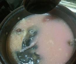 红菇清炖鱼头