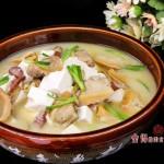 河蚌怎么吃-腊味河蚌豆腐