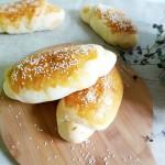 肉松芝麻面包
