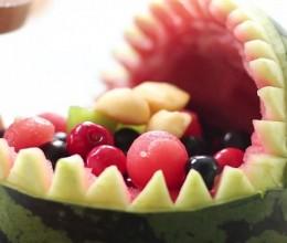 西瓜还在切着吃?水果拼盘