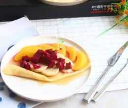 枫树糖浆水果可丽饼