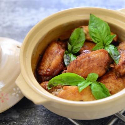 用料正宗的台式三杯鸡翅