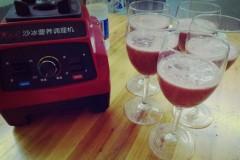 七夕聚会之西瓜葡萄汁制作
