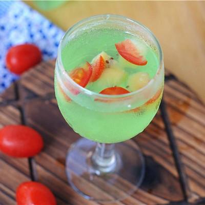 圣女果猕猴桃鸡尾酒