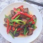 辣椒炒酱油腊肉