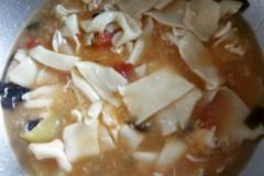 西红柿鸡蛋面片汤