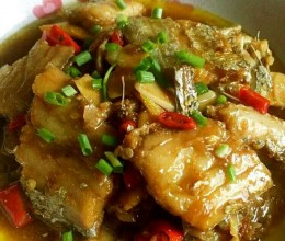 红烧带鱼秋季养生菜