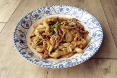 豆瓣酱炒白菜肉丝