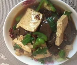 猪血怎么做好吃-猪血豆腐