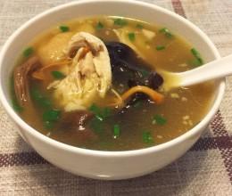菌菇煲鸡汤