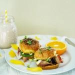 香蕉燕麦坚果牛奶&面包版快手早餐