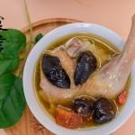 赣味清蒸鸡——用最少的调味料烹最鲜美鸡汤
