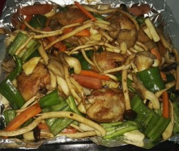 杂蔬烤鸡腿