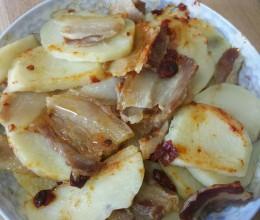 家乡腊肉蒸土豆