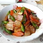 杭椒炒咸肉