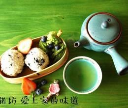 肉松海苔饭团