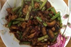 豇豆(豆角 刀豆)香菇炒肉-郫县豆瓣酱版