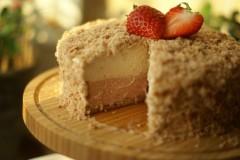 草莓双层芝士蛋糕