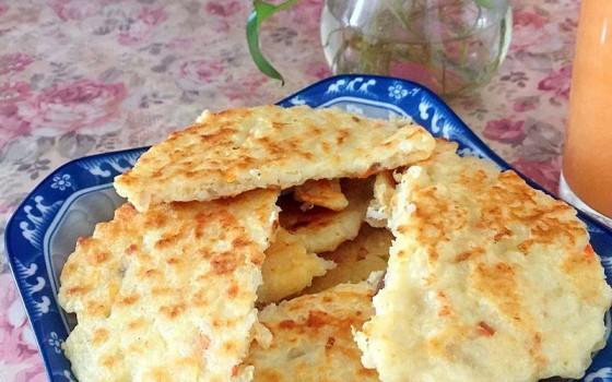鸡蛋肉末米饼