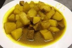 独家秘制:咖喱土豆炖牛肉