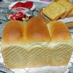 【蛋清吐司】:用做面包的方式消耗大量蛋清