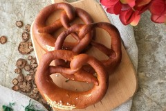 德国brezen 碱水面包