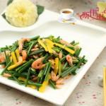 韭菜花炒河虾
