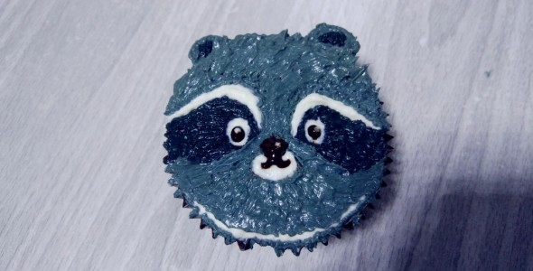 小浣熊立体彩绘蛋糕的做法 小浣熊立体彩绘蛋糕的家常做法 小浣熊立
