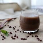 女人最受益的一杯养生早餐饮品--红豆浆
