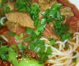 西红柿牛肉米线