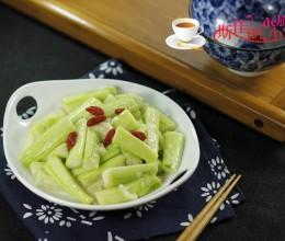 丝瓜怎么做好吃--蒜蓉丝瓜条