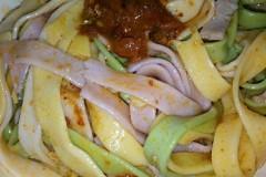 彩色蔬菜面条