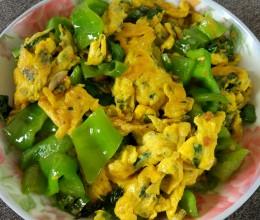 薄荷叶怎么吃--薄荷叶青椒炒鸡蛋