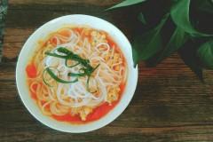圆子番茄米线