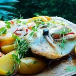 夏季轻食#黑椒三文鱼配油桃土豆沙拉#