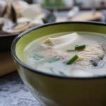 白贝鱼头豆腐汤