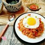 泡菜培根炒饭&昆布汤#丘比沙拉汁#