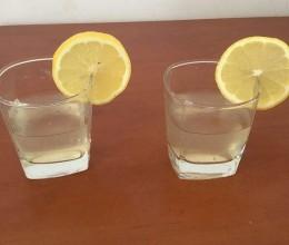 兔兔柠檬蜂蜜水