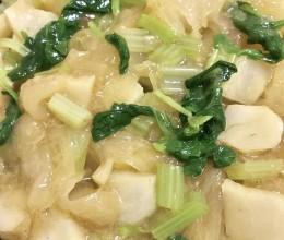 秋季养生菜-鲜银耳拌马蒂芹菜