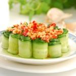 蒜蓉剁椒黄瓜卷