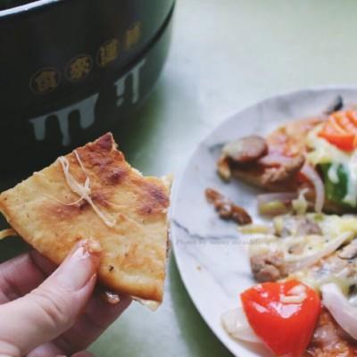 砂锅脆底香肠披萨